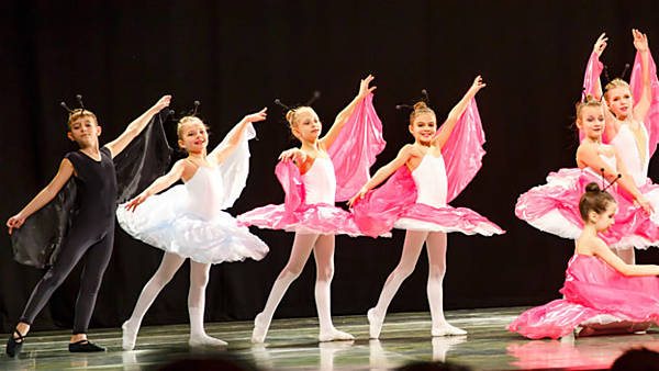 Závěrečné vystoupení žáků olomoucké Baletní školy Irina Popova