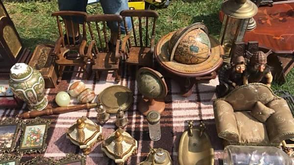 Fler-Vintage Market
