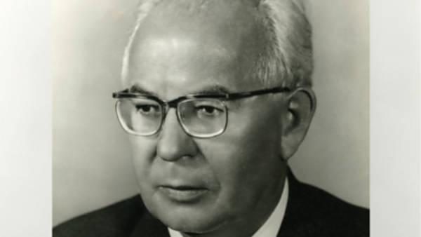 Michal Macháček – Gustáv Husák