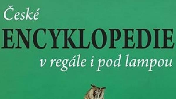 České encyklopedie v regále i pod lampou