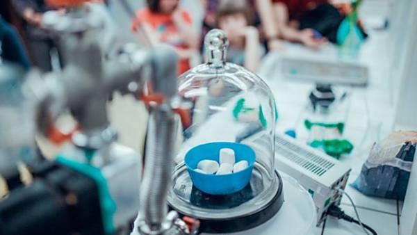 Chemie jedlá i nejedlá - víkendové show v laboratoři