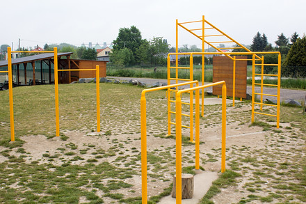 Workoutové hřiště nabízí spoustu zábavy
