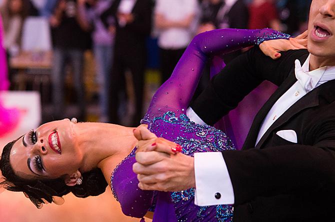 O co nejlepší umístění bude bojovat také český pár Michal Drha a Klára Zámečníková.