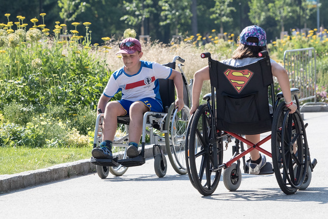 Štafeta na vozíku se už stala tradicí. Koná se vždy den před půlmaratonem.