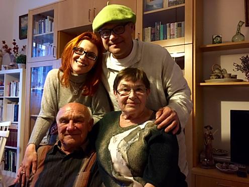 S rodiči a bráškou...