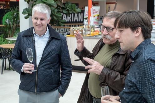 Dorazila řada milých hostů. Třeba Vladislav Galgonek, dlouholetý reportér agentury ČTK.