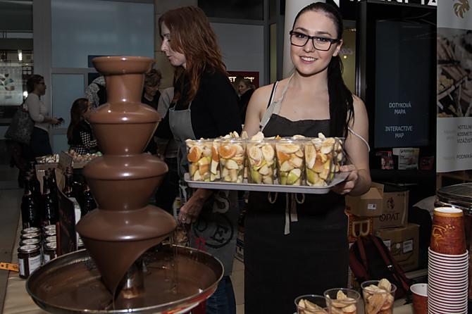 I ovoce přelité čokoládou si můžete vychutnat na Čokoládovém festivalu v Šantovce