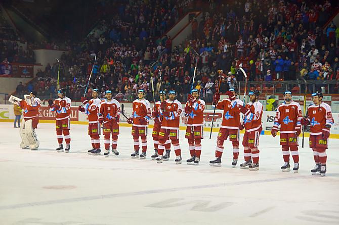 Kohouti slaví postup do čtvrtfinále play-off. Dvakrát vyhráli ve Zlíně a jdou na Plzeň.