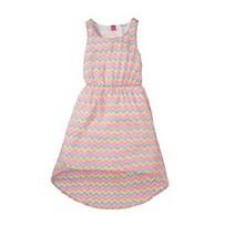 Dívčí letní šaty, dostupné ve velikostech 92–128 (219 korun)