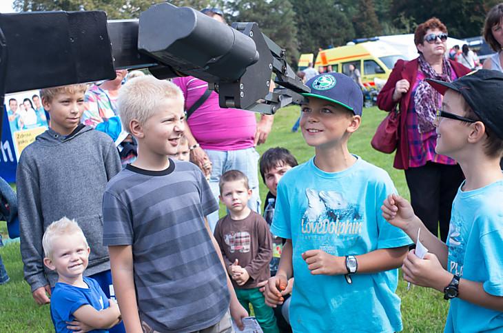 I letos proběhne každoroční akce Nadace Bezpečná Olomouc - Bezpečná cesta do školy. Cílem této akce je prostřednictvím her a zábavného programu naučit děti chovat se v dopravním prostředí bezpečně, a tím výrazně snížit počet dopravních nehod s účastí dětí.