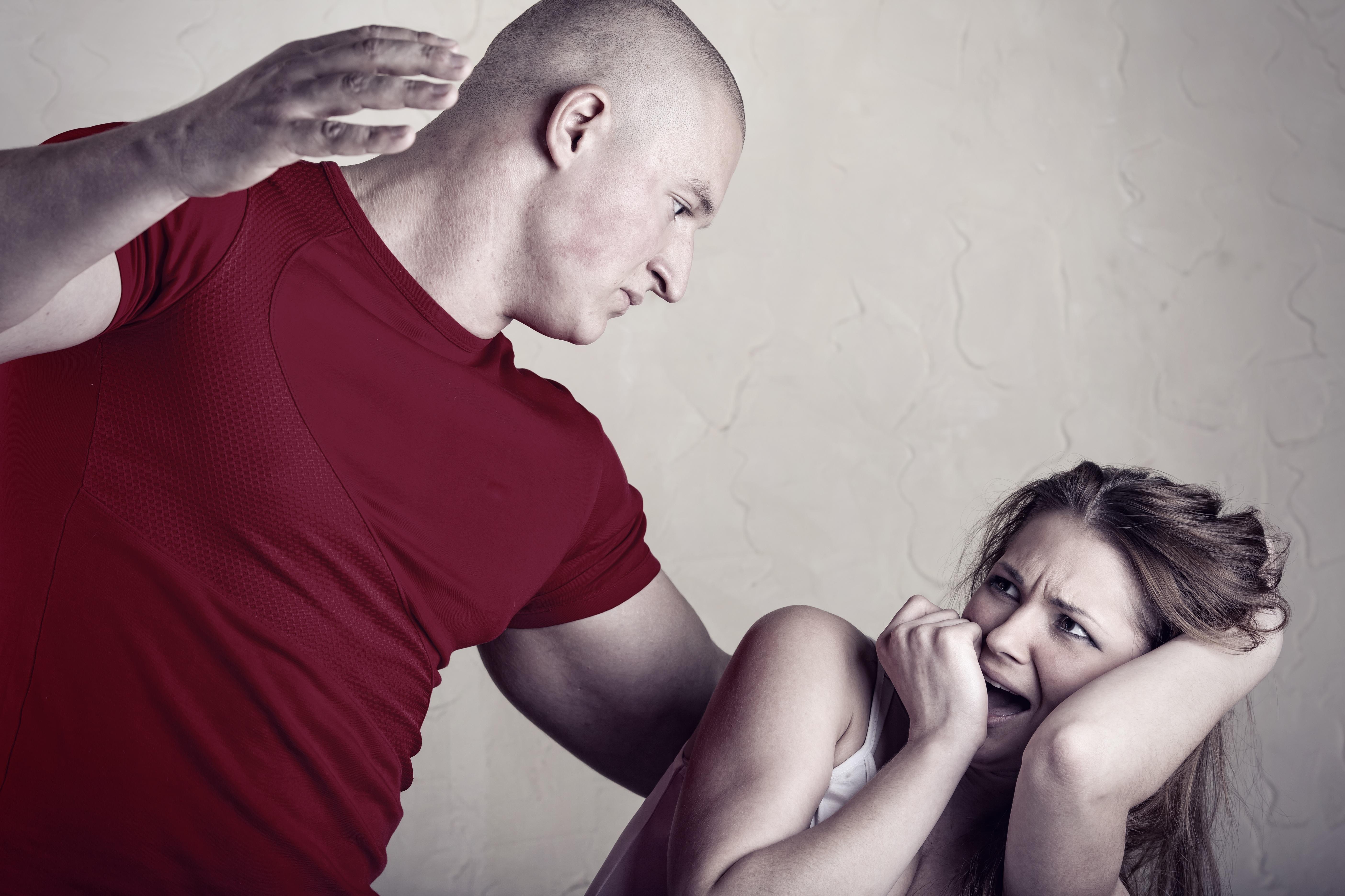 Унижение мужчины женщиной фото 12 фотография
